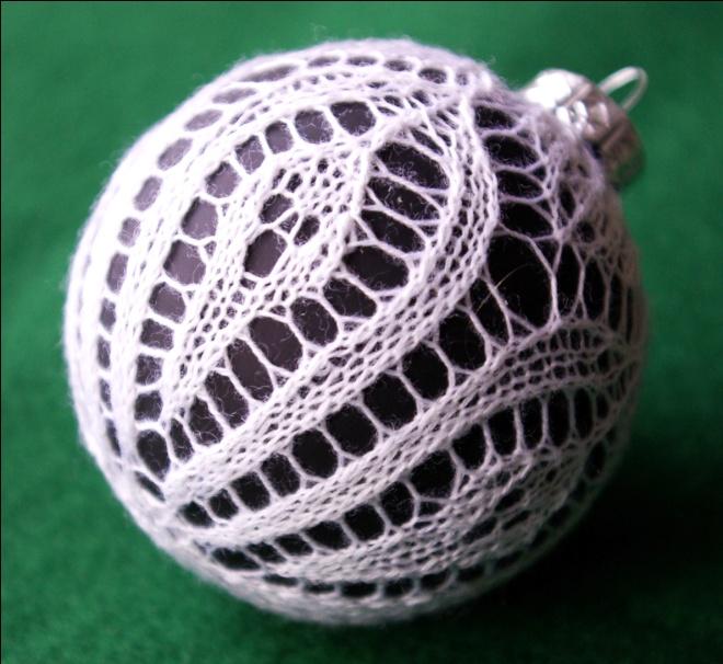 Kerstbal Lace Finlandia Import